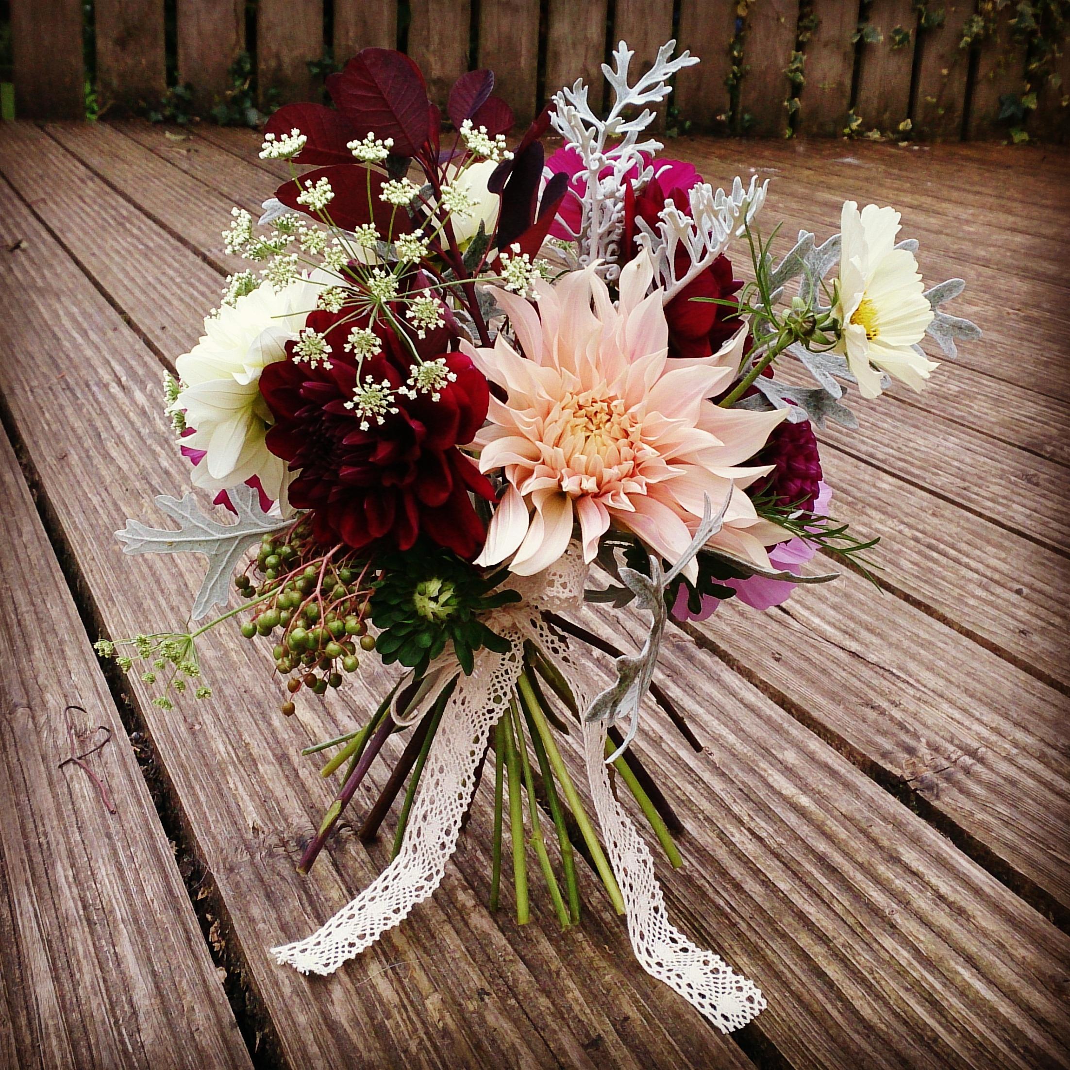 2015 Ditsy Floral Design: Ditsy Floral Design
