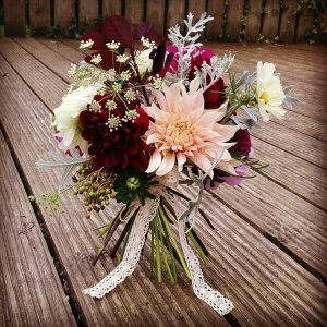 #vintage peach and berry red #bouquet #ditsyfloraldesign