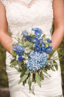 Bride's 'just picked' seasonal garden bouquet. Chris Semple Photography.